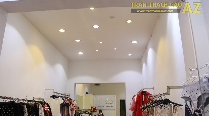 Trần thạch cao cho cửa hàng may đo, thiết kế thời trang Bảo Anh nhẹ nhàng, tinh tế