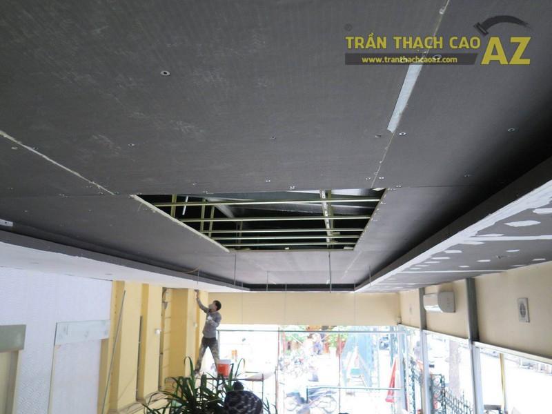 Trần thạch cao cho nhà hàng trên phố Bà Triệu, quận Hoàn Kiếm, Hà Nội