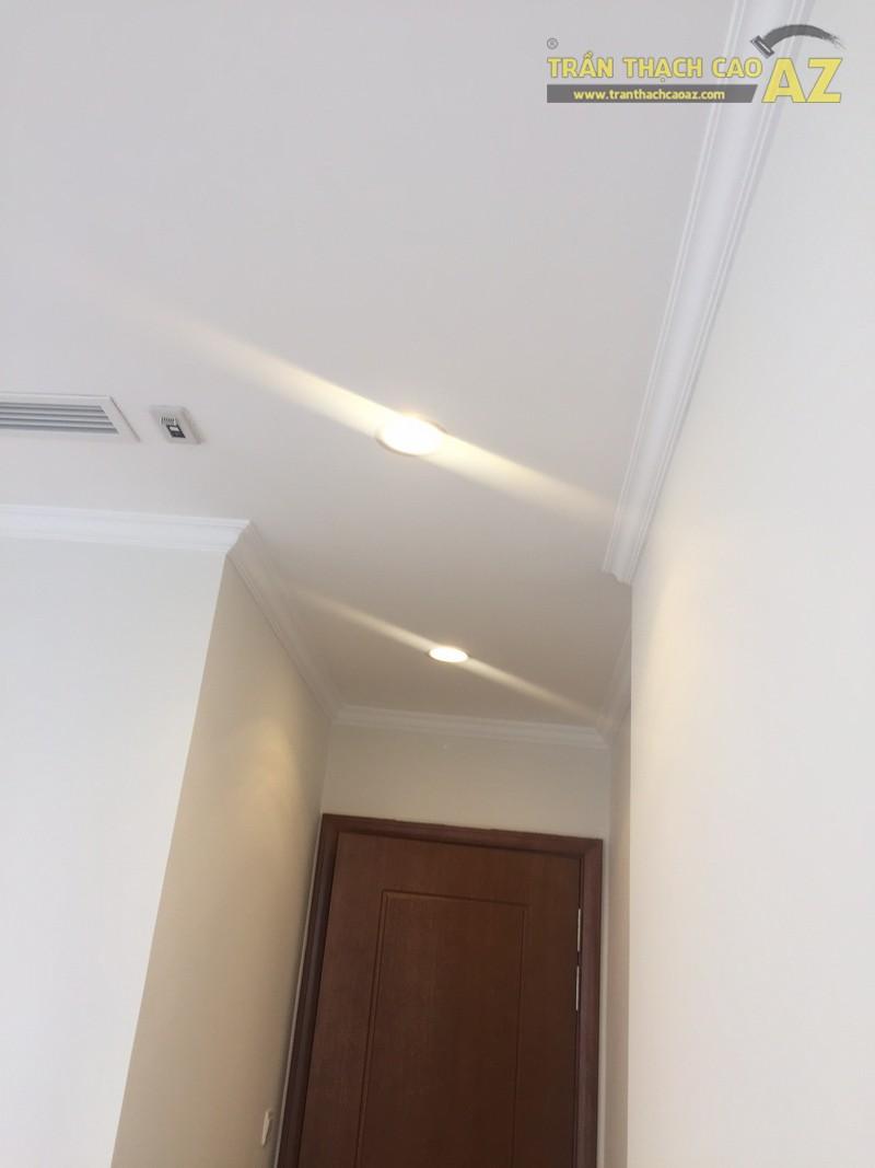 Thiết kế trần thạch cao đơn giản, đẹp hiện đại nhà cô Mai, P.0812B, Park Hill - 03