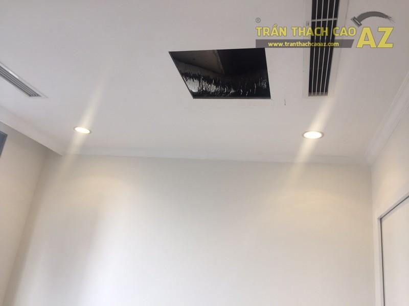 Thiết kế trần thạch cao đơn giản, đẹp hiện đại nhà cô Mai, P.0812B, Park Hill - 04