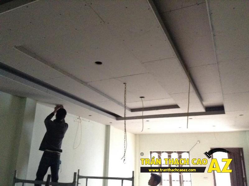 Hoàn thiện trần thạch cao giật cấp cho phòng khách nhà chú Đông, số 9, Nguyễn Khang 03