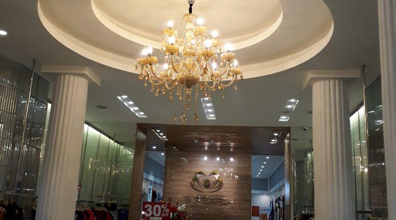 Vẻ đẹp quyến rũ cực đẳng cấp của thiết kế trần thạch cao shop S.PEARL, tại Tràng Tiền