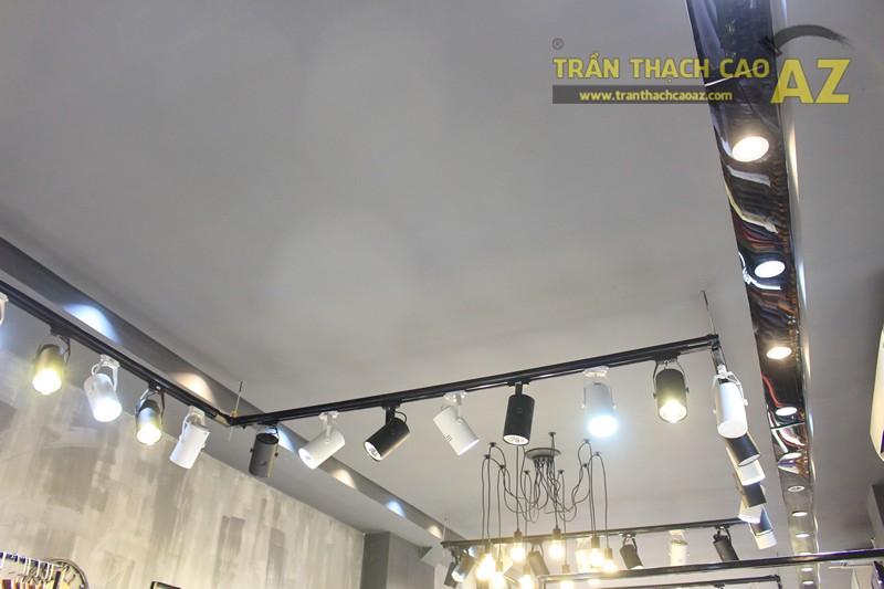 Bố trí đèn led trần thạch cao shop đẹp bắt mắt như 360 Boutique, 242 Thái Hà - 03