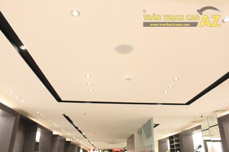 Chọn màu trần thạch cao đẹp sang trọng, hiện đại như shop FORMAT Thái Hà - 04