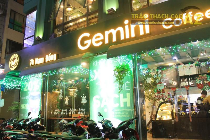 Mẫu trần thạch cao quán cafe đẹp nổi bật, ấn tượng của Gemini coffee Nam Đồng - 05