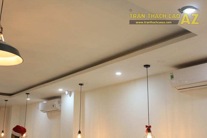 Đơn giản, nhẹ nhàng như mẫu trần thạch cao quán cafe đẹp hiện đại của CREMA, 370 Thái Hà - 03