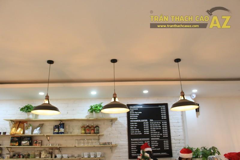 Đơn giản, nhẹ nhàng như mẫu trần thạch cao quán cafe đẹp hiện đại của CREMA, 370 Thái Hà - 04