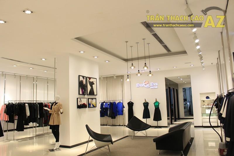 Eva De Eva Thái Hà bừng sáng với mẫu trần thạch cao shop đơn giản, hiện đại, nhẹ nhàng - 02