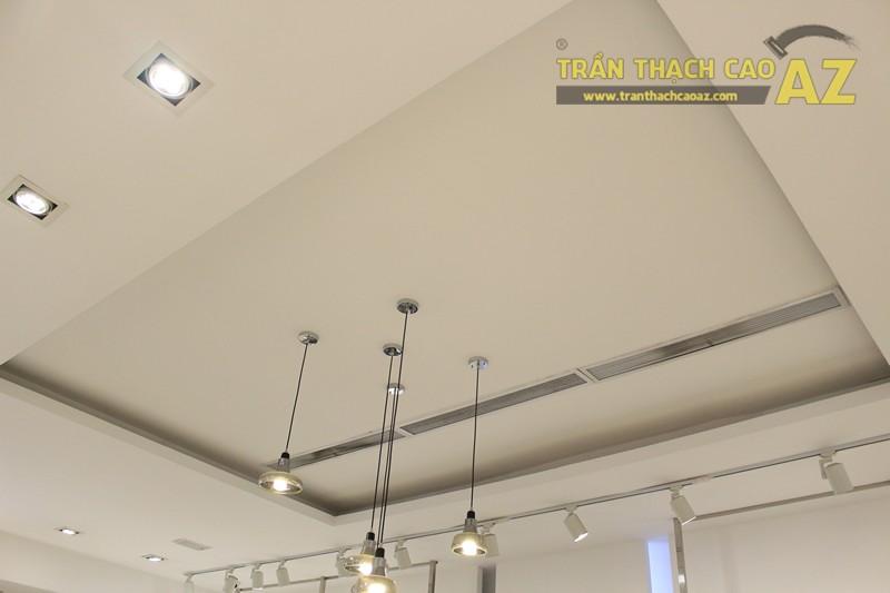 Eva De Eva Thái Hà bừng sáng với mẫu trần thạch cao shop đơn giản, hiện đại, nhẹ nhàng - 03