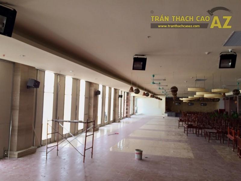 Hoàn thiện thi công trần thạch cao nhà hàng Tạ Hiền, số 1 Phan Văn Trường - 01