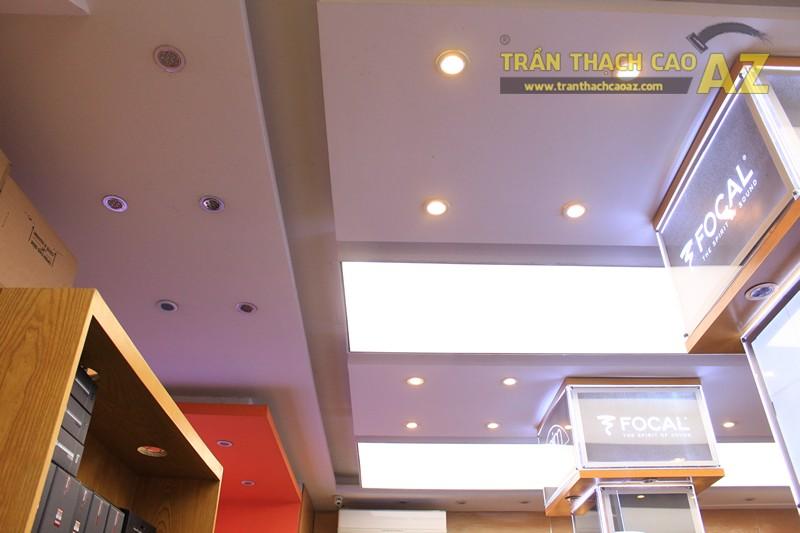 Không gian đẹp hiện đại với mẫu trần thạch cao sang trọng, khác biệt của Việt Trung Audio - 01