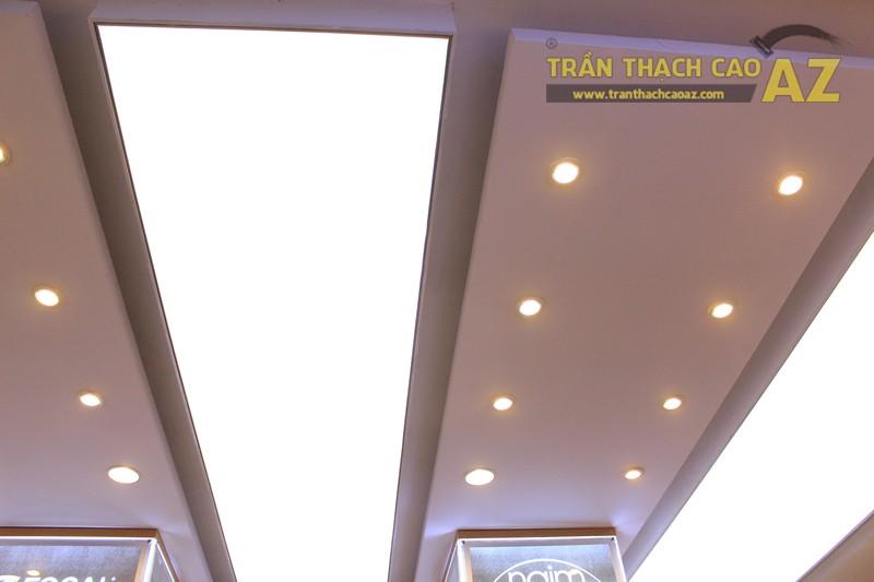 Không gian đẹp hiện đại với mẫu trần thạch cao sang trọng, khác biệt của Việt Trung Audio - 06