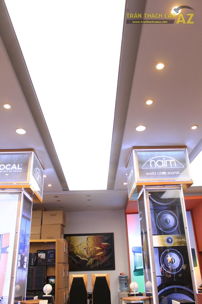 Không gian đẹp hiện đại với mẫu trần thạch cao sang trọng, khác biệt của Việt Trung Audio - 05