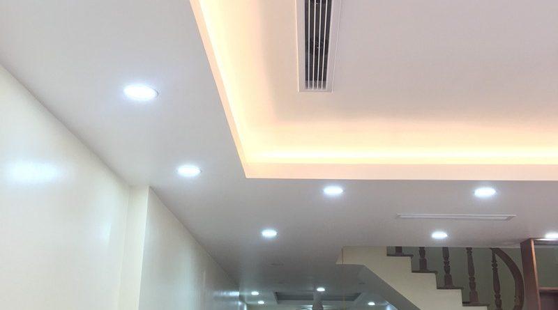 Mẫu trần thạch cao giật cấp đơn giản, hiện đại nhà anh Thiện, KĐT Mỗ Lao