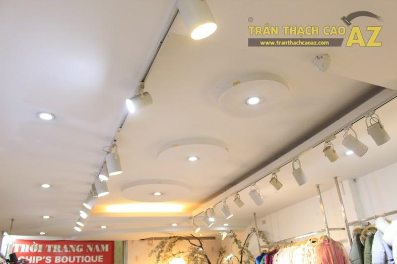 NANA shop đẹp lung linh với thiết kế trần thạch cao hiện đại, cực hút mắt - 03