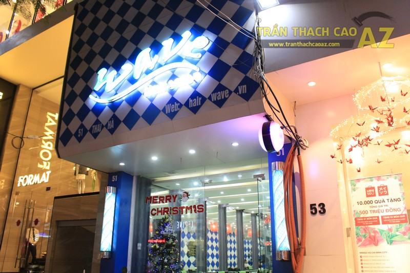 Ngắm mẫu trần thạch cao tuyệt đỉnh trong không gian Salon Wave Hair 51 Thái Hà