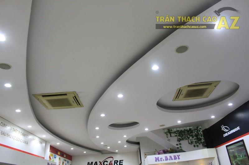 Tạo hình trần thạch cao cho cửa hàng Maxcare 366, Nghĩa Đàn, Đống Đa, Hà Nội