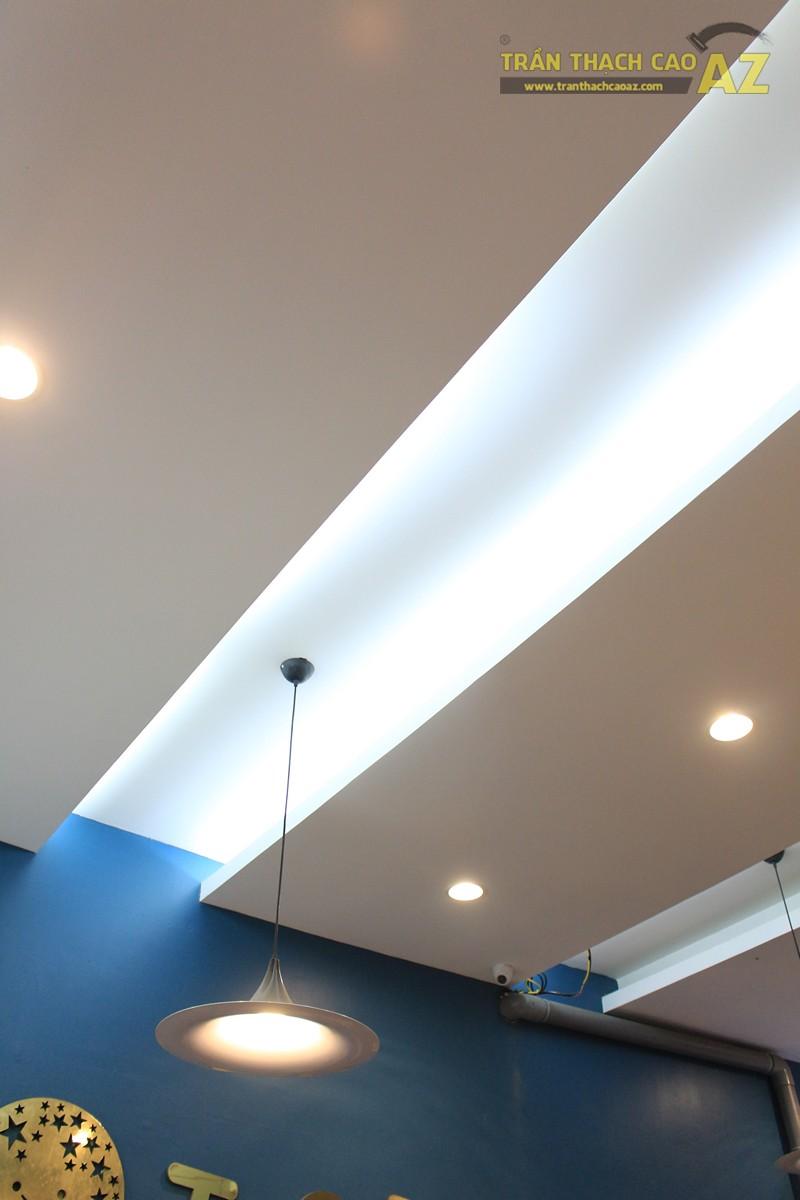 Tạo hình trần thạch cao ấn tượng kết hợp đèn trang trí cực độc đáo của TOCOTOCO - 05