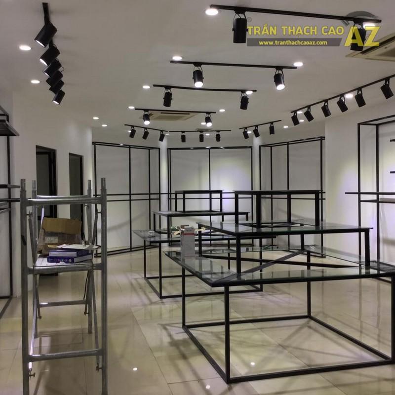 Thi công trần thạch cao cho cửa hàng thời trang trên phố Thái Thịnh quận Đống Đa