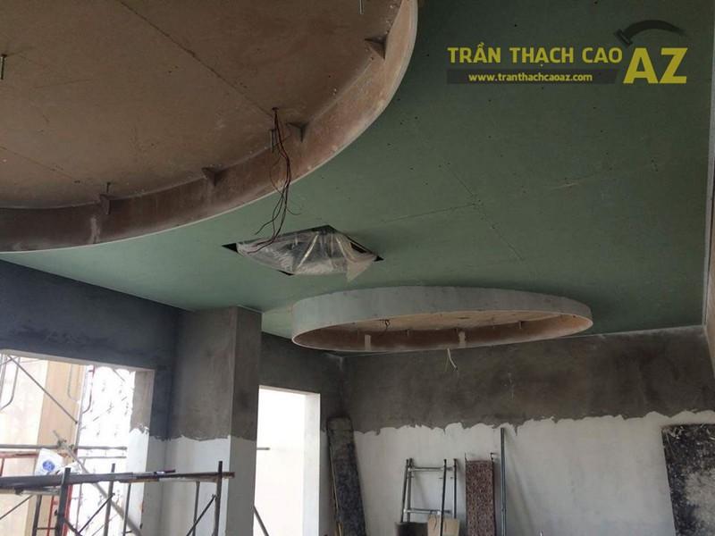Thi công trần thạch cao cho quán cafe trên phố Trần Hưng Đạo - Hà Nội