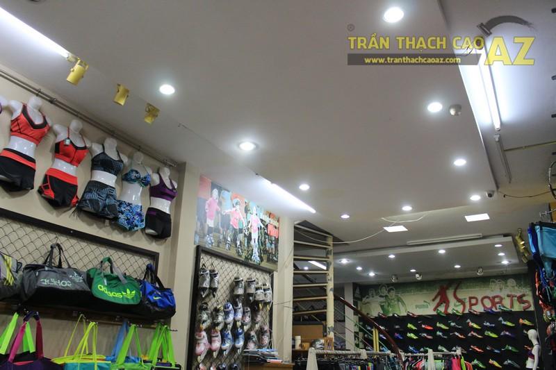 Thiết kế trần thạch cao đẹp của shop Minh Phương Sport, số 302 Lê Trọng Tấn - 02