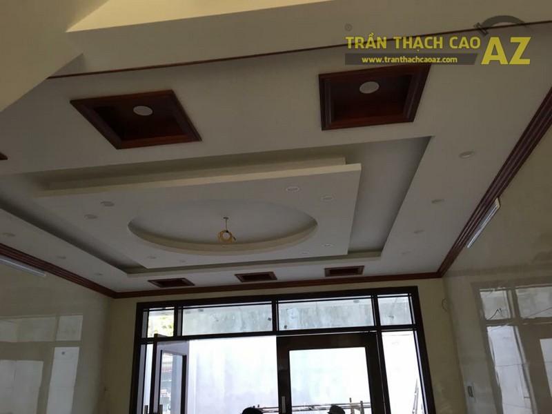 Thiết kế trần thạch cao phòng bếp nhà ống đẹp hiện đại nhà chú Nam
