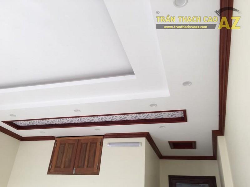 Thiết kế trần thạch cao phòng ngủ nhà ống đẹp hiện đại nhà chú Nam