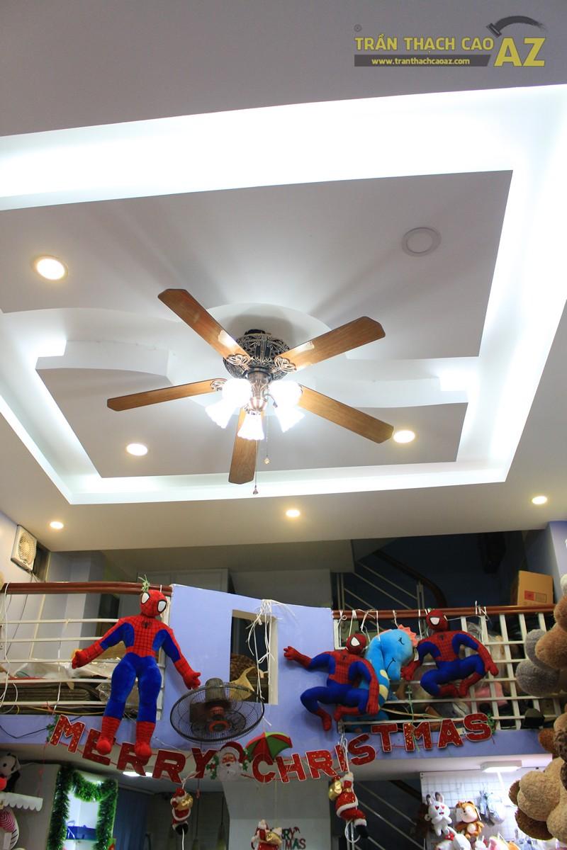 Thiết kế trần thạch cao shop nhỏ cực độc đáo của Gấu Bông Land, 346 Thái Hà - 03