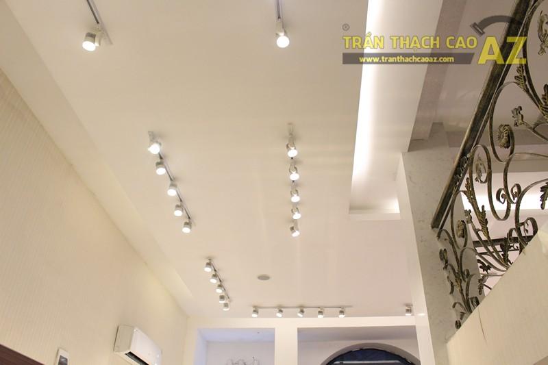 Thời trang H&H sang trọng với trần thạch cao hiện đại kết hợp cổ điển đẹp hút hồn - 06