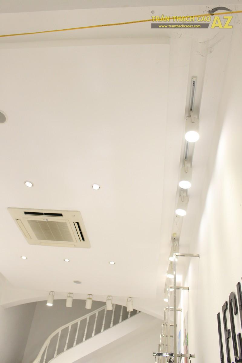 Trần thạch cao cho cửa hàng thời trang Lecine Đống Đa, Hà Nội