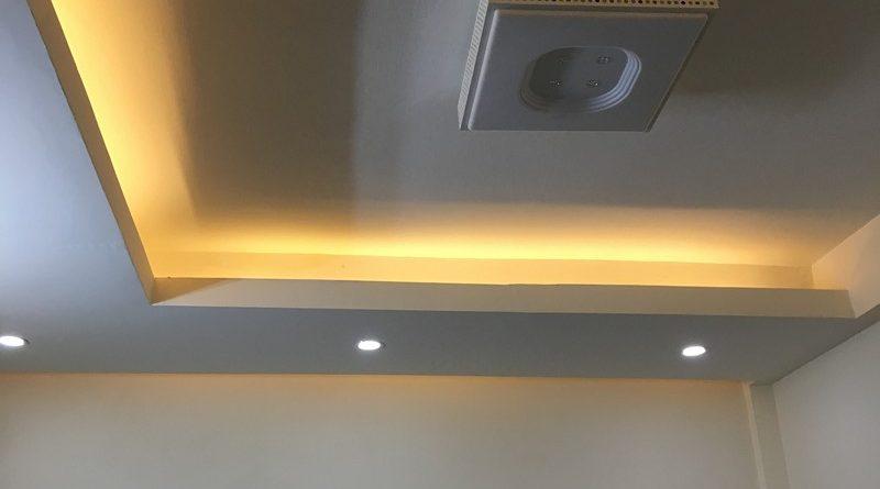 Trần thạch cao chung cư đơn giản, hiện đại của nhà anh Minh, tòa CT5 Định Công