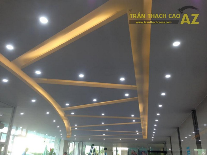 Trần thạch cao đẹp đơn giản, hiện đại của Vital Fitness & Yoga Center, Ngô Thì Nhậm - 03