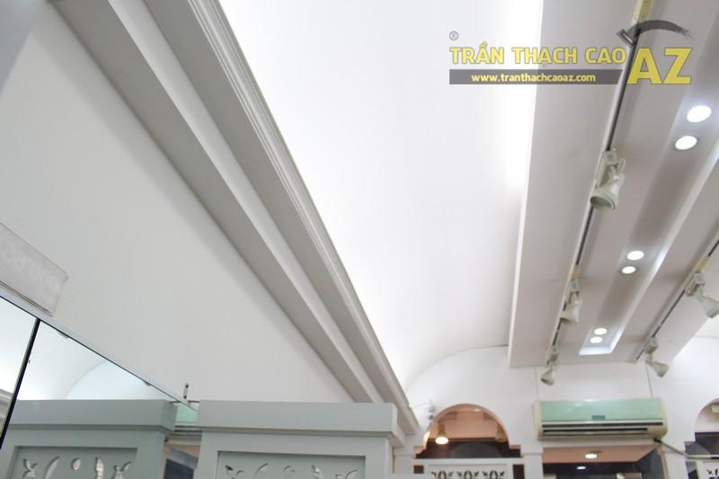 Trần thạch cao tạo hình nghệ thuật cho cửa hàng thời trang Alome 65 Thái Hà