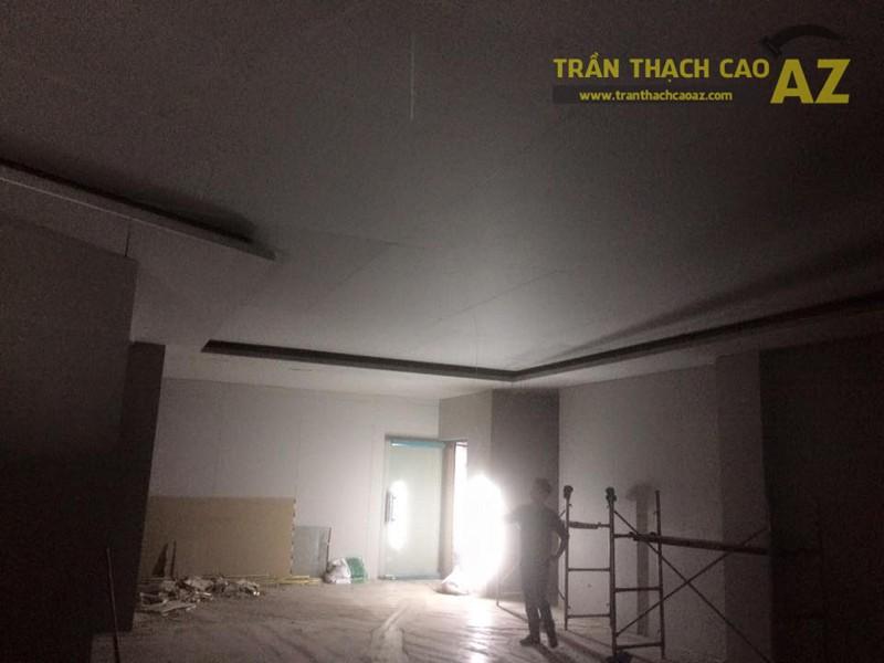 Hoàn thiện trần vách thạch cao khu vực sảnh của Công ty TNHH Y Dược Kinh Đô - 02