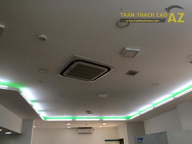 Hoàn thiện trần vách thạch cao khu vực sảnh của Công ty TNHH Y Dược Kinh Đô - 05