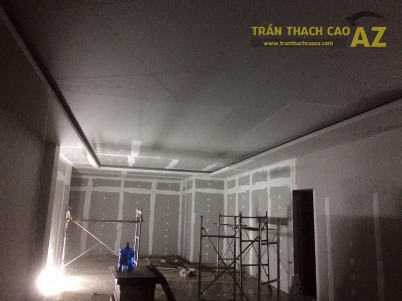 Hoàn thiện trần vách thạch cao khu vực sảnh của Công ty TNHH Y Dược Kinh Đô - 01