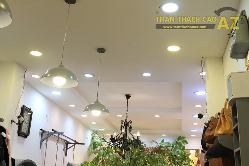 Chọn mẫu trần thạch cao cho shop nhỏ, dài đẹp ấn tượng như Mộc, 56 phố Huế - 04
