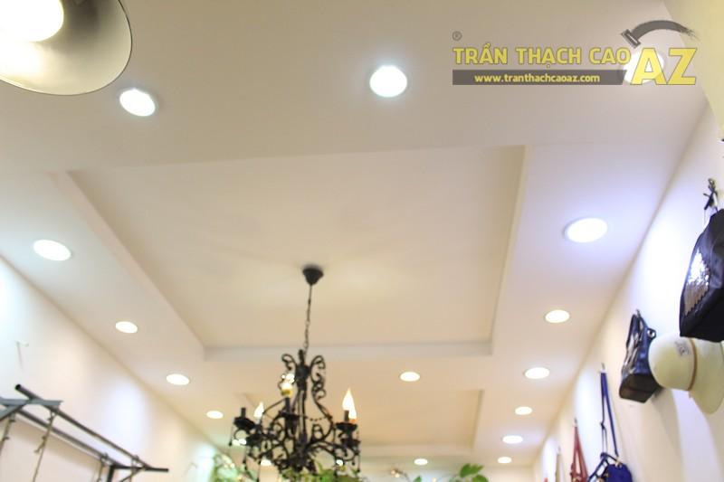 Chọn mẫu trần thạch cao cho shop nhỏ, dài đẹp ấn tượng như Mộc, 56 phố Huế - 06
