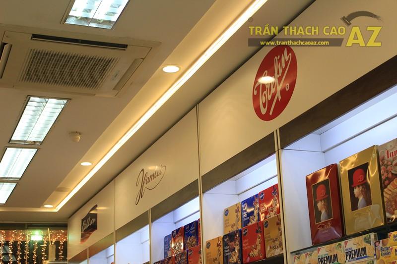 Chọn mẫu trần thạch cao cho shop nhỏ, dài hẹp đẹp hiện đại, sang trọng như Chocolate meric - 04