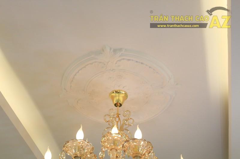 Sử dụng trần thạch cao tạo hình cổ điển cho shop nhỏ giúp không gian thêm đẳng cấp, sang trọng - 03