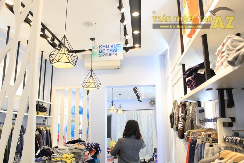 Mẫu trần thạch cao shop đẹp hiện đại, cực sang trọng bắt mắt của Kid Closet, 28A phố Huế - 04