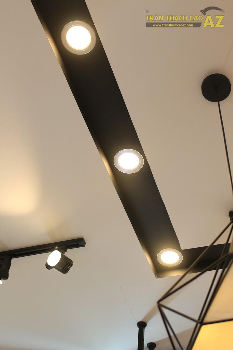 Mẫu trần thạch cao shop đẹp hiện đại, cực sang trọng bắt mắt của Kid Closet, 28A phố Huế - 06
