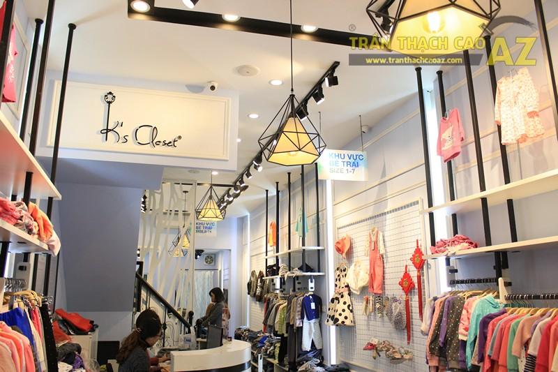 Mẫu trần thạch cao shop đẹp hiện đại, cực sang trọng bắt mắt của Kid Closet, 28A phố Huế - 05