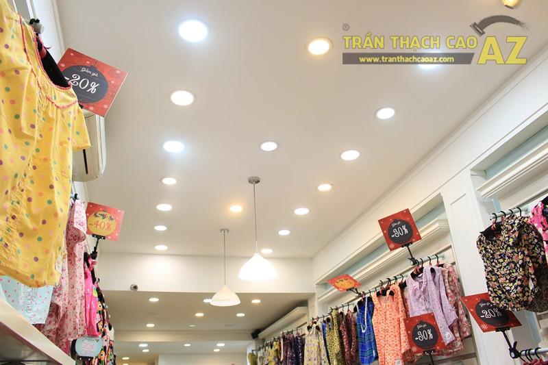 Sở hữu thiết kế trần thạch cao shop nhỏ đẹp cực đơn giản như Jubbie, 28B phố Huế - 01