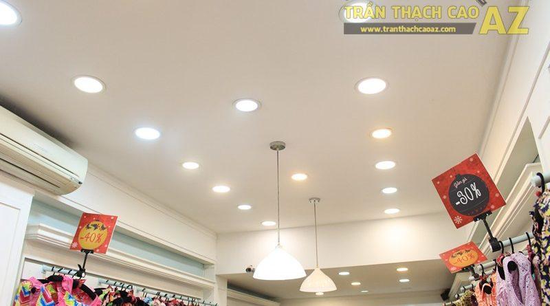 Sở hữu thiết kế trần thạch cao shop nhỏ đẹp cực đơn giản như Jubbie, 28B phố Huế