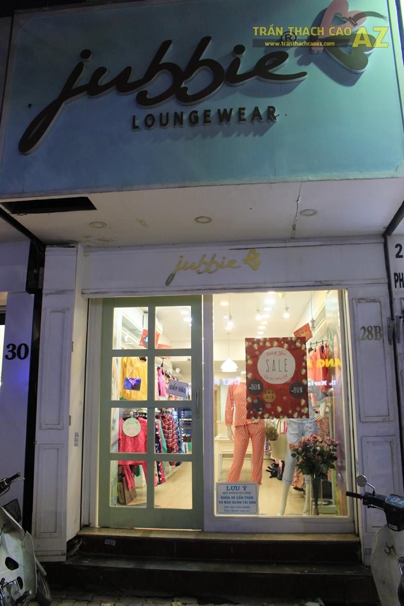 Sở hữu thiết kế trần thạch cao shop nhỏ đẹp cực đơn giản như Jubbie, 28B phố Huế - 06