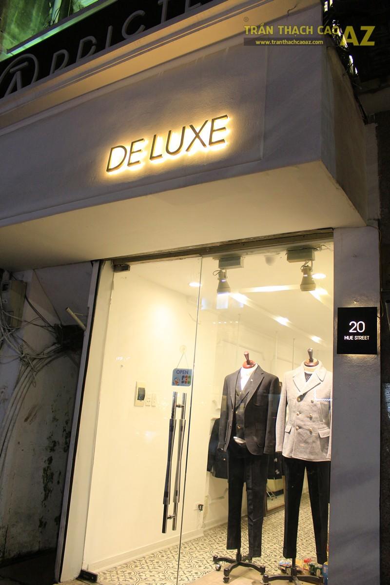 Tạo hiệu ứng hắt sáng lạ mắt như trần thạch cao giật cấp của shop DELUXE, 20 phố Huế - 06