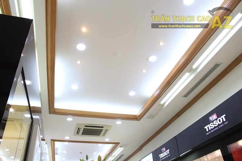 Tạo hình góc cạnh, hiện đại của thiết kế trần thạch cao showroom Duy Anh Watch, 200A phố Huế - 03