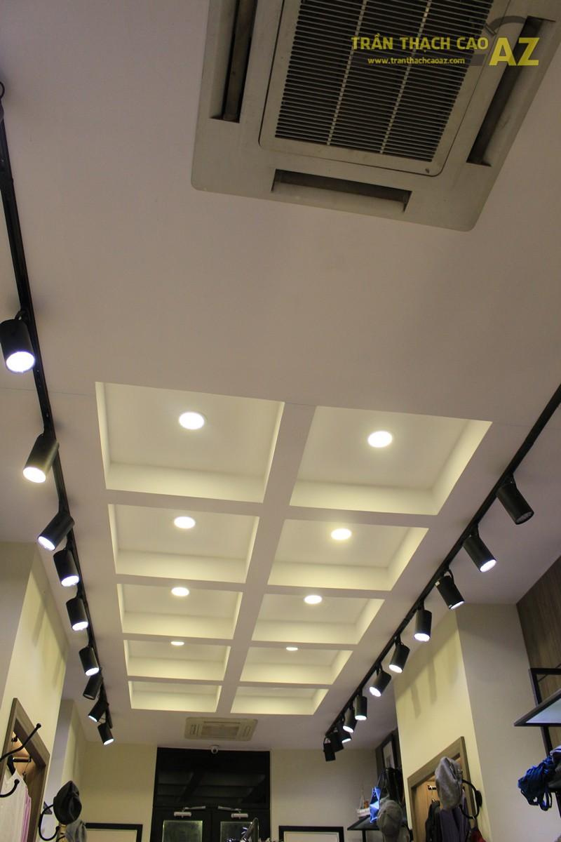 Tạo hình khác biệt, độc đáo của trần thạch cao shop Don Singapore, Hàng Bài - 02