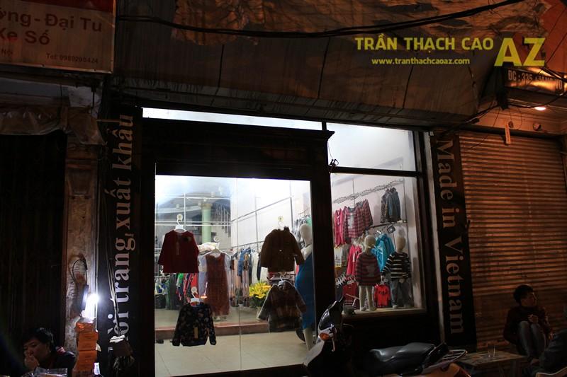 Tạo hình trần thạch cao giật cấp đẹp sáng của shop Thời trang xuất khẩu, số 333 Giảng Võ - 06